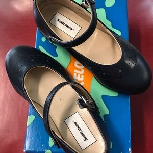 NiB Nickelodeon Girls Leather Mary Jane Shoes 8.5D